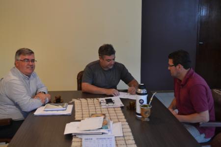 PREFEITO SÁVIO PRESTES NOMEIA DIRETOR ADMINISTRATIVO DA CASA DE CULTURA JOSÉ NERI DA SILVEIRA