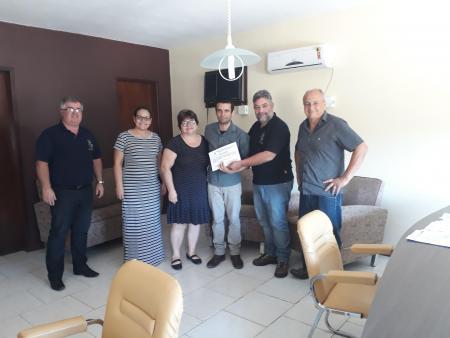 Prefeitura Municipal Concede Prêmio de Servidor Municipal Padrão 2017